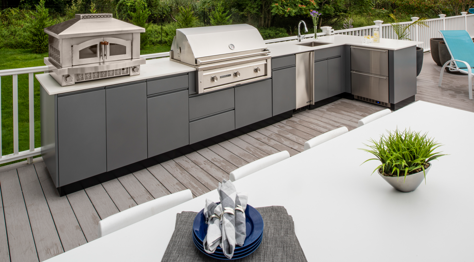 What You Need to Know Before You Buy a Prefab Outdoor Kitchen Kit