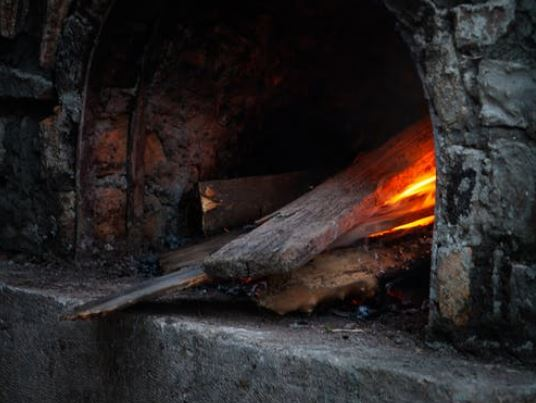 old brick wood fired pizza oven how long do they last