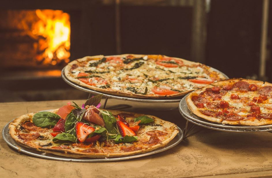 accessories for wood fired pizza ovens