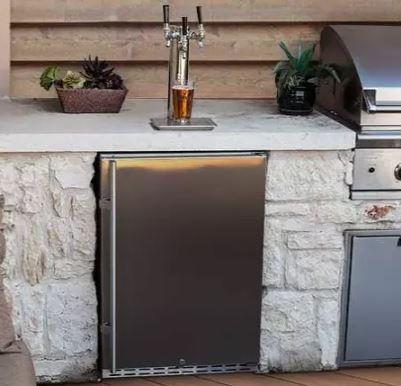 outdoor kitchen kegerator